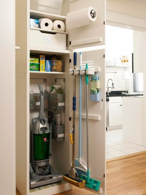 space-saving-broom-closets-ideas4-2