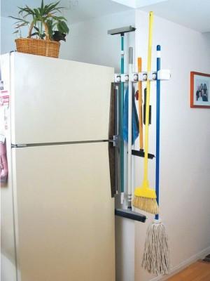 space-saving-broom-closets-ideas5-1