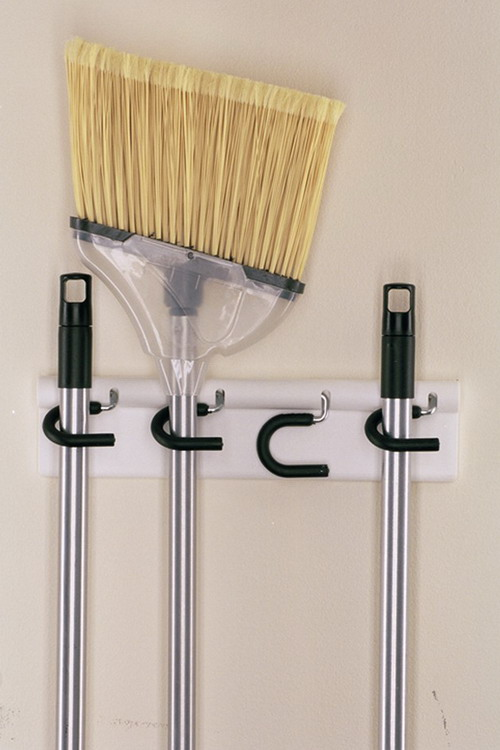 space-saving-broom-closets-ideas6-1