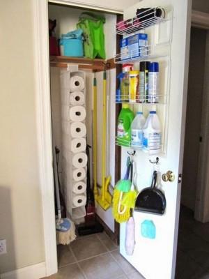 space-saving-broom-closets-ideas8-3