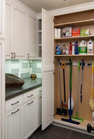 space-saving-broom-closets-ideas8-5