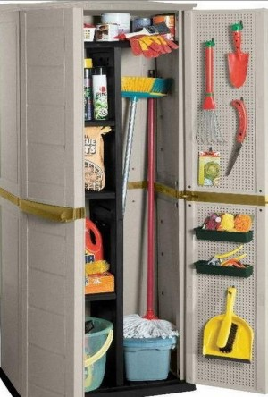 space-saving-broom-closets-ideas8-6