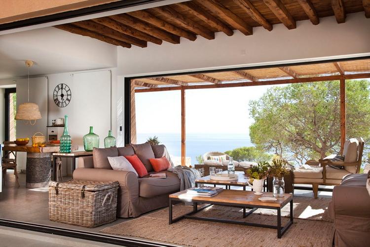 delightful-spanish-livingrooms-overlooking-sea12