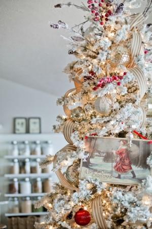 ribbon-on-christmas-tree-best-tips-ellaclair1-3