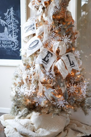 ribbon-on-christmas-tree-best-tips-ellaclair4