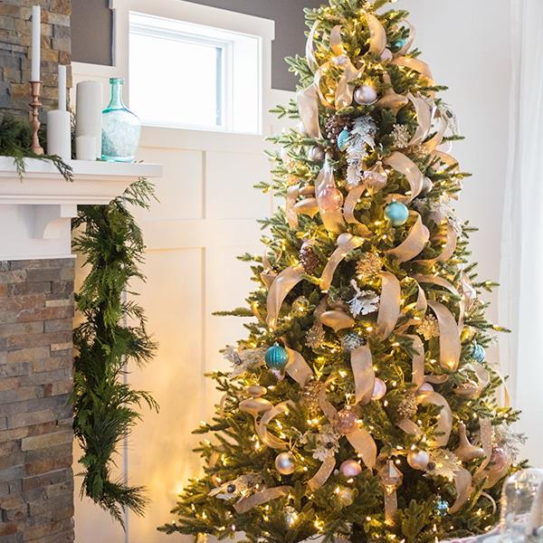 ribbon-on-christmas-tree-best-tutorials1