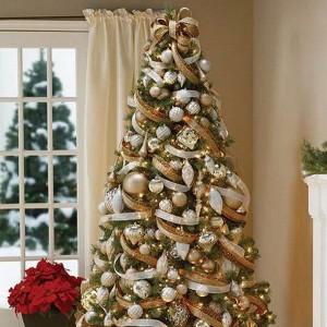 ribbon-on-christmas-tree-ideas5