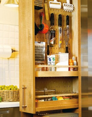 rustic-kitchen-in-city-apartment11