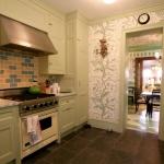 3-kitchen-tours-in-details2-1.jpg