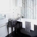 achromatic-traditional-bathroom3.jpg