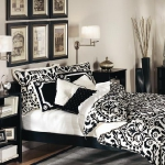 achromatic-traditional-bedroom1.jpg
