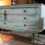antique-chest-of-drawers-makeup11