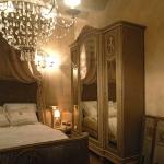 antique-furniture-and-decor-by-em2-2.jpg