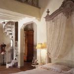 antique-furniture-and-decor-by-em2-3.jpg