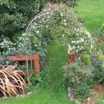 arbor-and-archway-in-garden1-19.jpg