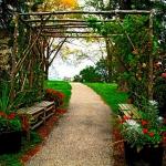 arbor-and-archway-in-garden3-11.jpg
