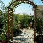arbor-and-archway-in-garden3-3.jpg