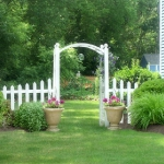 arbor-and-archway-in-garden3-6.jpg