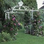 arbor-and-archway-in-garden3-8.jpg