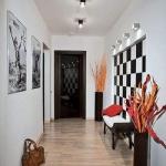 art-ideas-for-hallway1-3.jpg