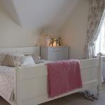 attic-bedroom-ideas2-7.jpg