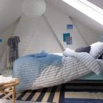 attic-bedroom-ideas3-5.jpg