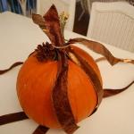 autumn-decor-to-one-porch-pumpkin4.jpg