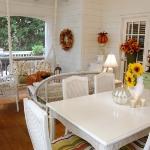 autumn-decor-to-one-porch1-4.jpg