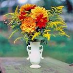 autumn-flowers-ideas-leaves-and-herbs1.jpg