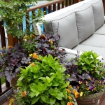 balcony-flowers-ideas2-7.jpg