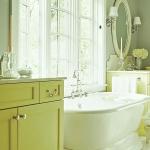 bathroom-in-chartreuse3.jpg