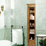 bathroom-in-green-and-turquoise-combo12.jpg