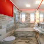 bathroom-in-natural-tones-gray10.jpg