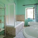 bathroom-in-turquoise7.jpg