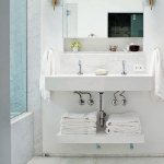 bathroom-towels-storage-ideas-under-sink1-3.jpg