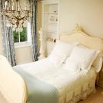 beautiful-english-bedroom4-1.jpg