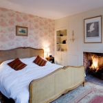 beautiful-english-bedroom20-1.jpg
