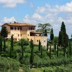 beautiful-tuscan-classic-villa1.jpg
