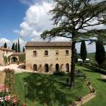 beautiful-tuscan-classic-villa3.jpg