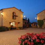 beautiful-tuscan-classic-villa4.jpg