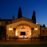 beautiful-tuscan-classic-villa5.jpg