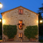 beautiful-tuscan-classic-villa6.jpg