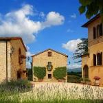 beautiful-tuscan-classic-villa8.jpg