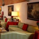 beautiful-tuscan-classic-villa12.jpg