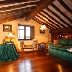 beautiful-tuscan-classic-villa16.jpg