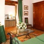beautiful-tuscan-classic-villa18.jpg