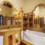 beautiful-tuscan-classic-villa24.jpg