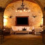 beautiful-tuscan-classic-villa28.jpg