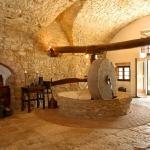 beautiful-tuscan-classic-villa29.jpg