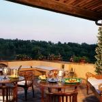 beautiful-tuscan-classic-villa32.jpg